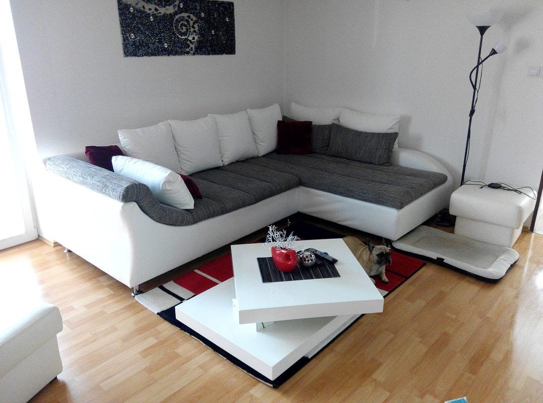 living-room-977416_1280-1079x800